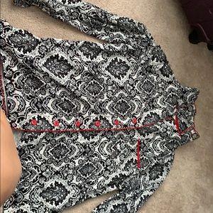 Pajama top, with a. Collar